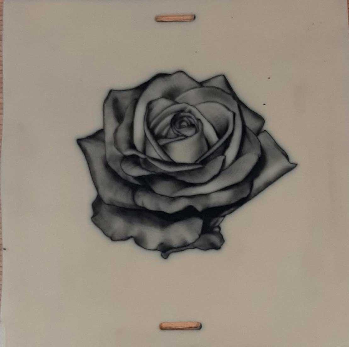 Cours-tatouage-rose-realisme-